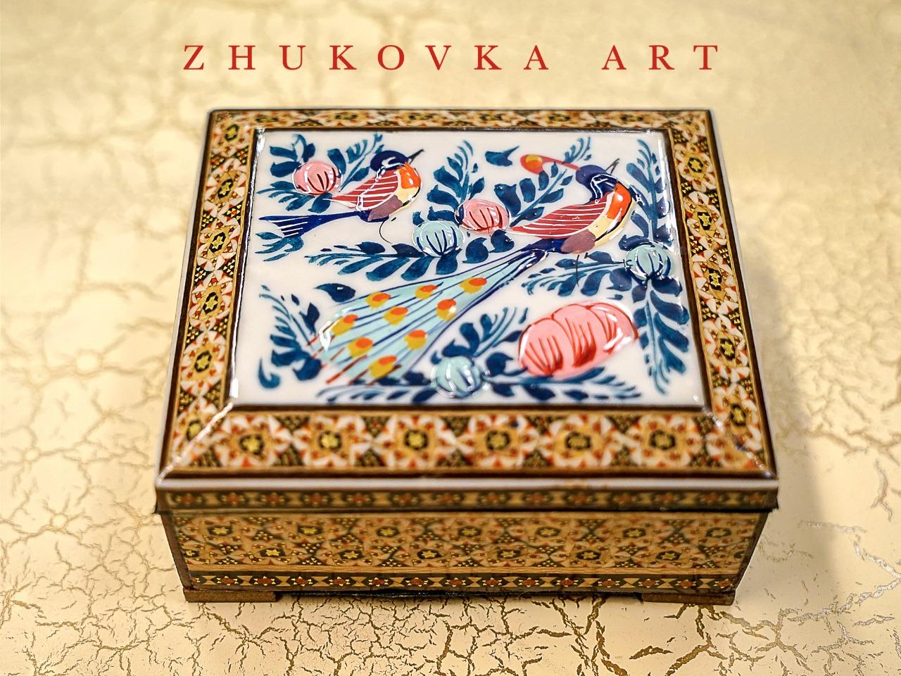 Подпиши предметы с художественной росписью шкатулка