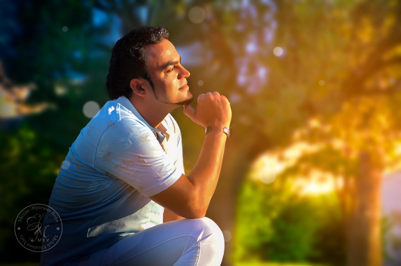 Экстрасенс, художник, писатель Мехди Эбрагими Вафа