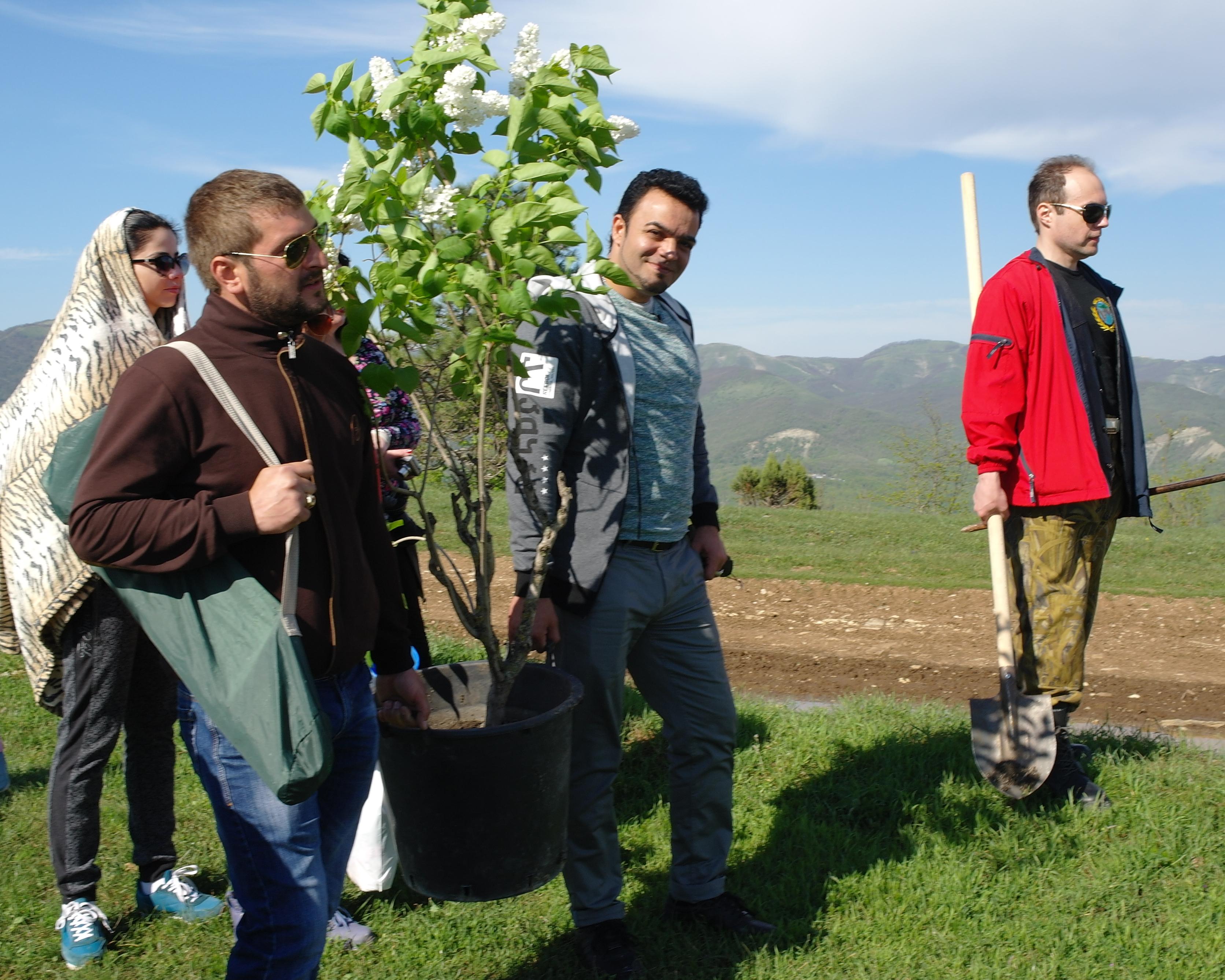 'Посади дерево' из альбома 'Путешествия с Мехди'